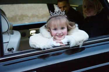 Princess Lydia on the way to meet Prince William